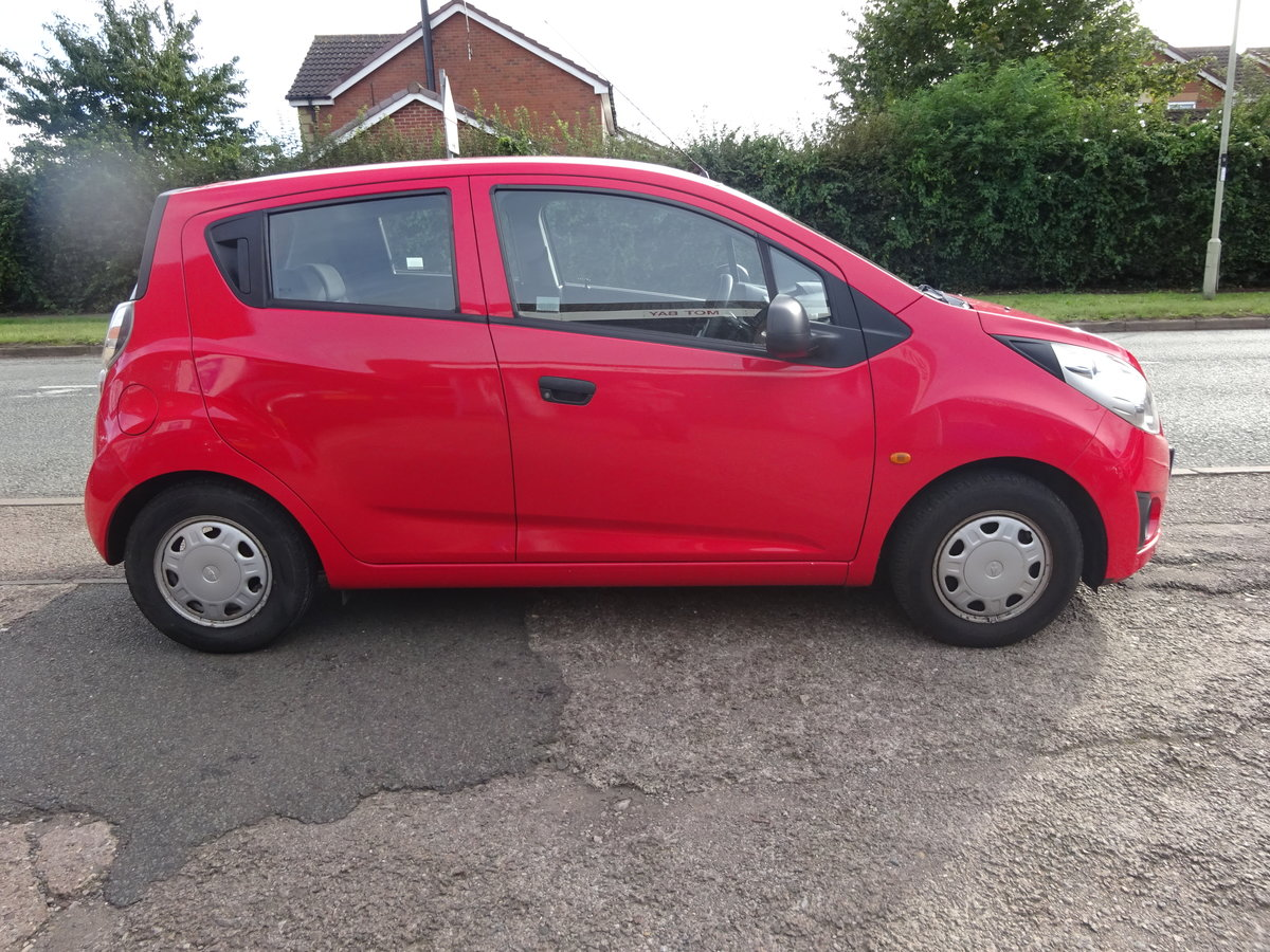 2011 5 DOOR SMALL 1LTR PETROL CHEVROLET JUST 47,000 FSH  11 REG For Sale (picture 2 of 6)
