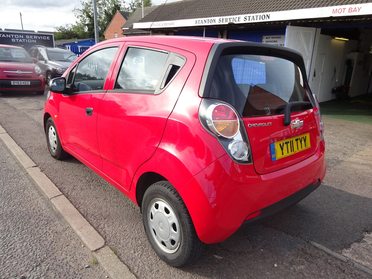 2011 5 DOOR SMALL 1LTR PETROL CHEVROLET JUST 47,000 FSH  11 REG For Sale (picture 4 of 6)