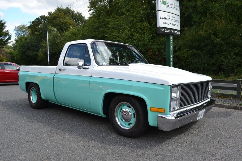 1982 Custom V8 Chevrolet Pick up truck For Sale (picture 1 of 6)