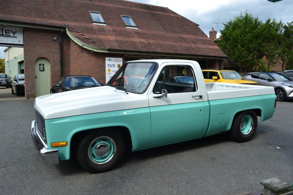 1982 Custom V8 Chevrolet Pick up truck For Sale (picture 2 of 6)