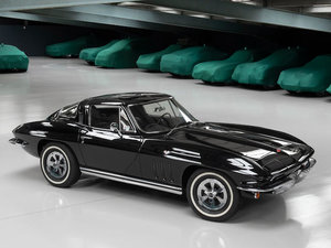 Picture of 1965 CHEVROLET CORVETTE STING RAY COUPE