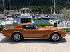 Picture of 1971 Corvette desirable 4 speed matching numbers!