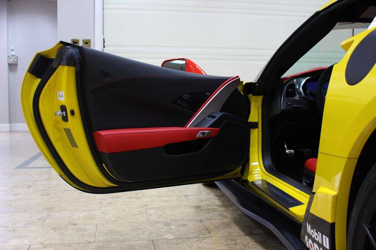 2014 Corvette Stingray C7 Z51 3LT - C7.R Homage Manual For Sale (picture 8 of 25)