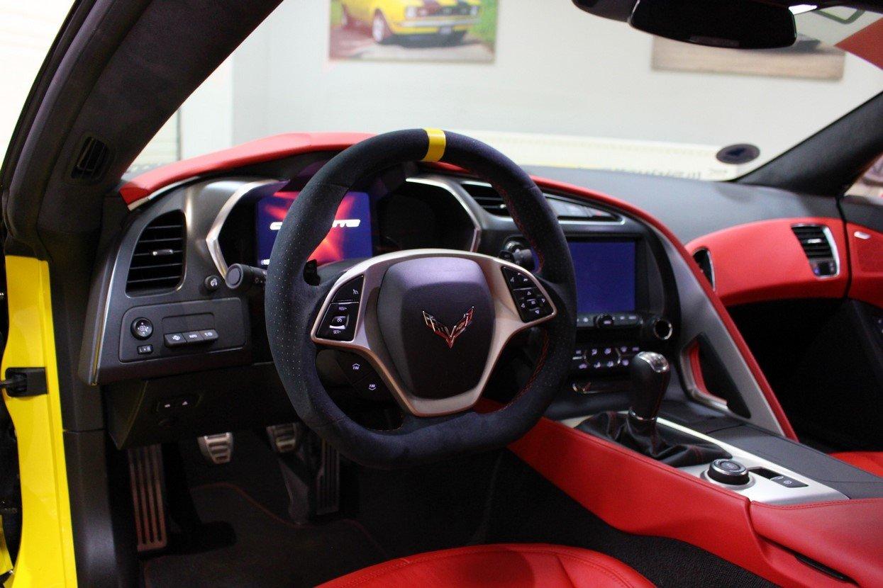 2014 Corvette Stingray C7 Z51 3LT - C7.R Homage Manual For Sale (picture 11 of 25)
