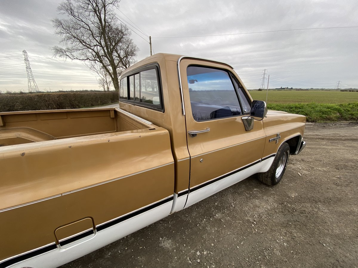 1984 Chevy C10 Scottsdale Auto PROJECT For Sale (picture 5 of 12)