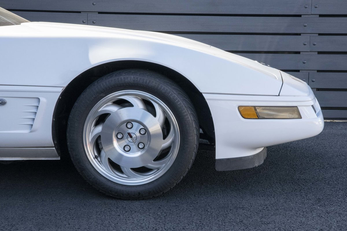 1996 Chevrolet Corvette C4 Convertible - low mileage For Sale (picture 8 of 23)