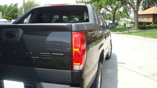 2004 Chevrolet Avalanche 4WD-4DR Pickup For Sale (picture 5 of 6)
