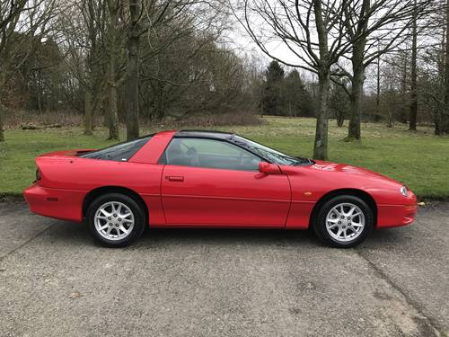 2001 Chevrolet Camaro 3.8 V6 Auto T Top Targa 17000 Miles Only For Sale (picture 2 of 6)