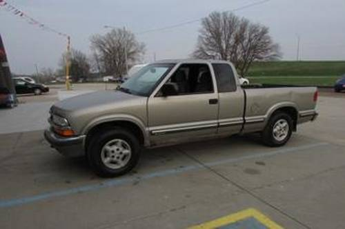 1998 Chevrolet S10 Pickup For Sale (picture 1 of 4)