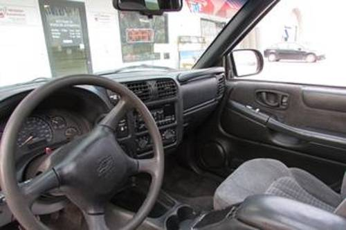 1998 Chevrolet S10 Pickup For Sale (picture 3 of 4)