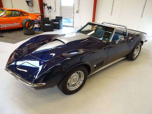 1969 Chevrolet Corvette C3 Stingray Convertible, V8 - 350hp SOLD (picture 2 of 6)