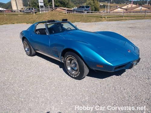 1976 Blue Corvette Black int 4spd Nice Driver For Sale (picture 1 of 6)