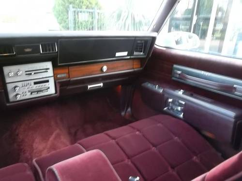 1986 Chevrolet Caprice Classic Brougham 5.0 For Sale (picture 5 of 6)