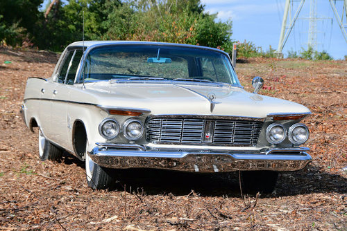 1963 Stunning Imperial Crown Hardtop Sedan For Sale (picture 1 of 6)