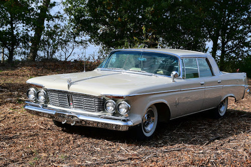 1963 Stunning Imperial Crown Hardtop Sedan For Sale (picture 4 of 6)