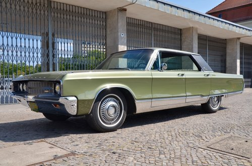 1968 CHRYSLER NEW YORKER  -  perfect original condition For Sale (picture 1 of 6)