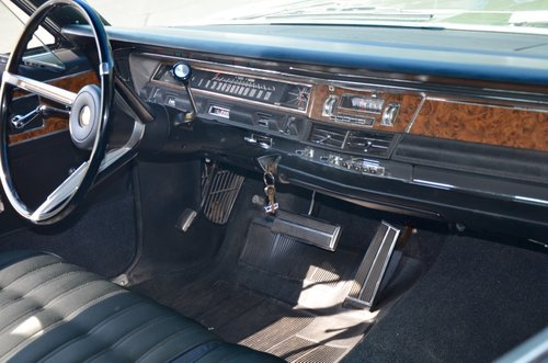 1968 CHRYSLER NEW YORKER  -  perfect original condition For Sale (picture 5 of 6)