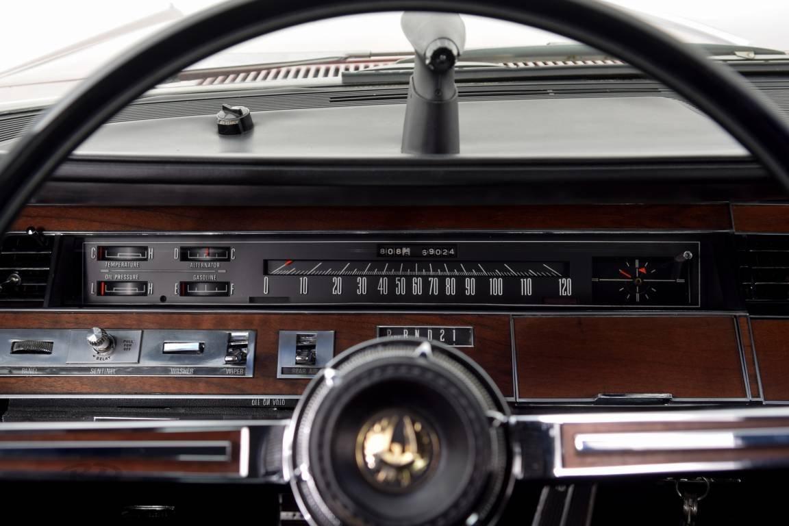 1967 Chrysler Imperial 2D Hardtop *440 Mopar* For Sale (picture 6 of 6)