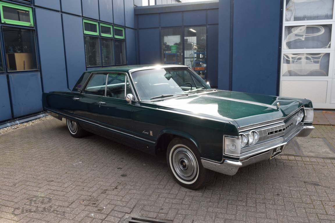 1967 Chrysler Imperial 4D Sedan For Sale (picture 1 of 6)