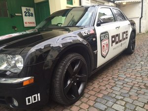 (RHD) 2005 Chrysler 300c HEMI cop car tibute For Sale