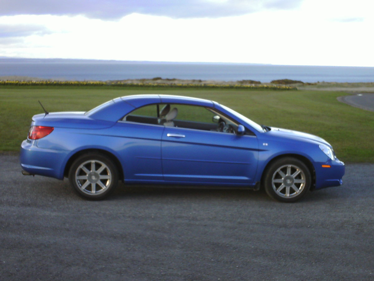 2009 Chrysler Sebring convertible coupe For Sale (picture 4 of 6)