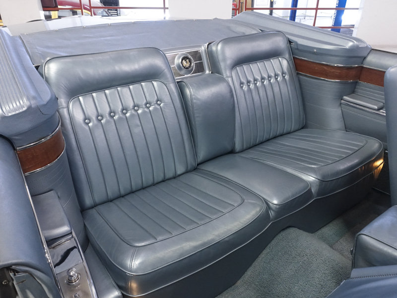 1965 Imperial Crown Convertible For Sale (picture 4 of 6)