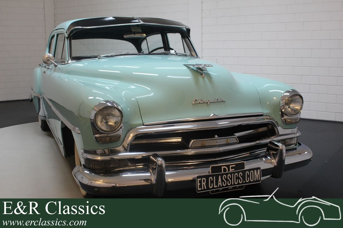 Chrysler Windsor Deluxe 1954 Sedan For Sale (picture 1 of 6)