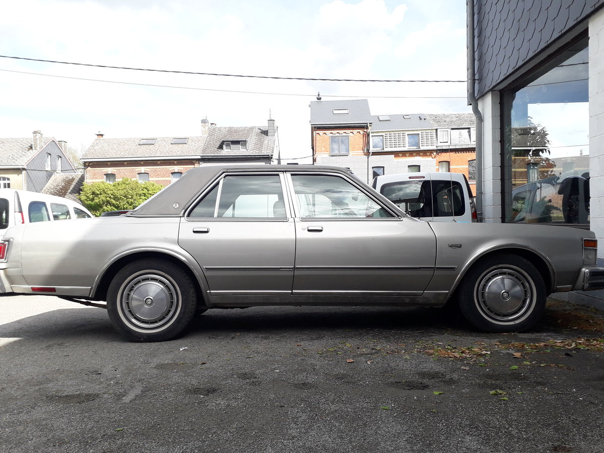 1978 CHRYSLER LE BARON For Sale by Auction (picture 1 of 6)