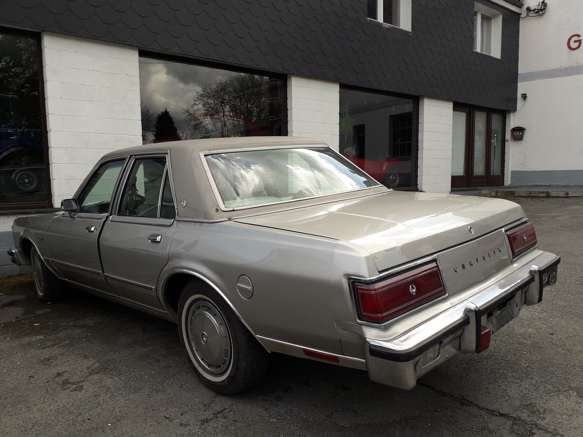 1978 CHRYSLER LE BARON For Sale by Auction (picture 4 of 6)