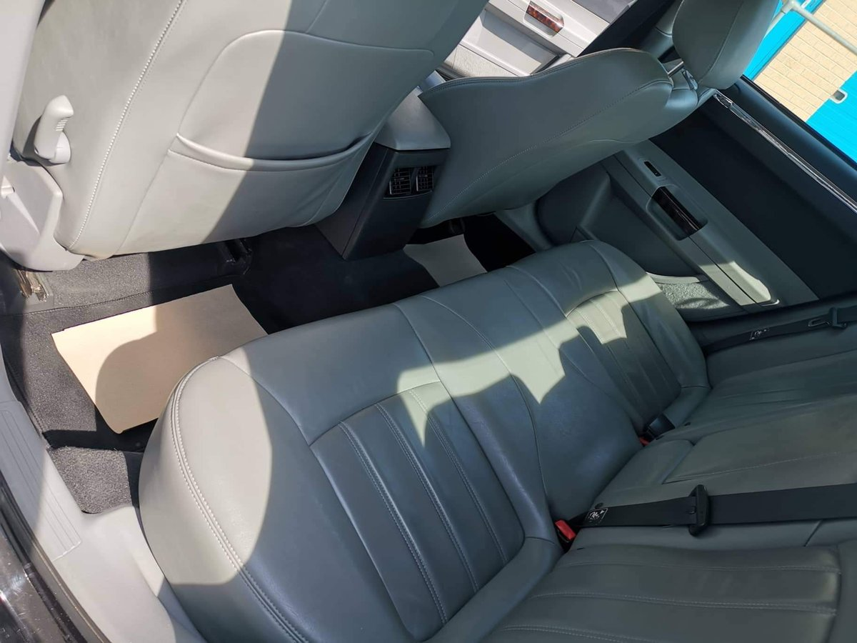 2007 Chrysler 300c to For Sale (picture 4 of 6)