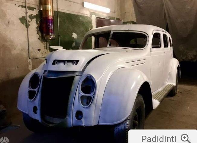 Chrysler Airflow 1938 for sale For Sale (picture 1 of 5)