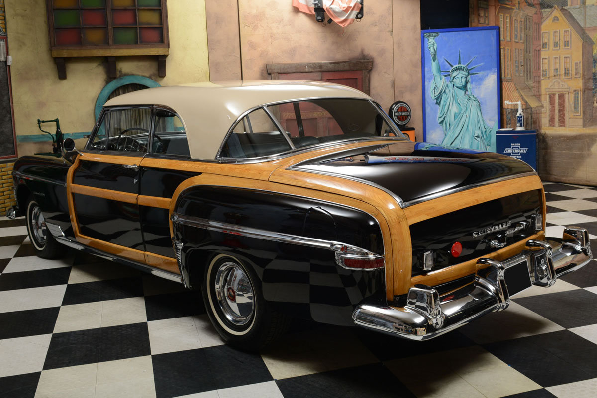 1950 Chrysler Town and Country Coupe For Sale by Auction (picture 4 of 6)