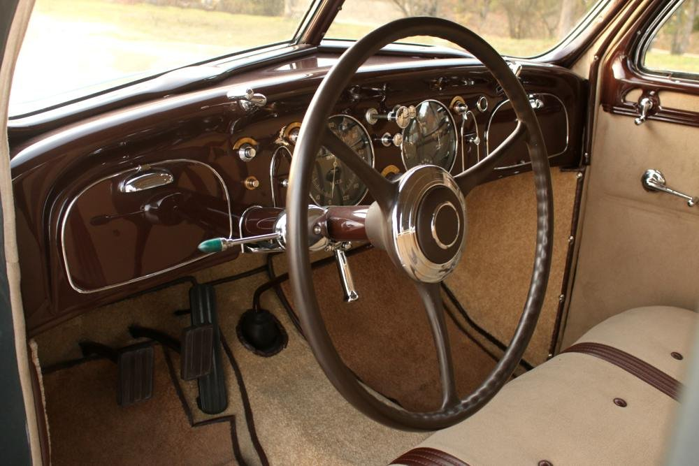 1934 Chrysler Airflow Imperial CV For Sale (picture 5 of 6)
