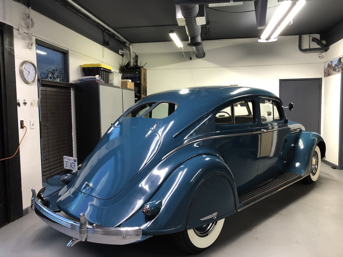 1937 CHRYSLER AIRFLOW COUPE SOLD (picture 2 of 6)