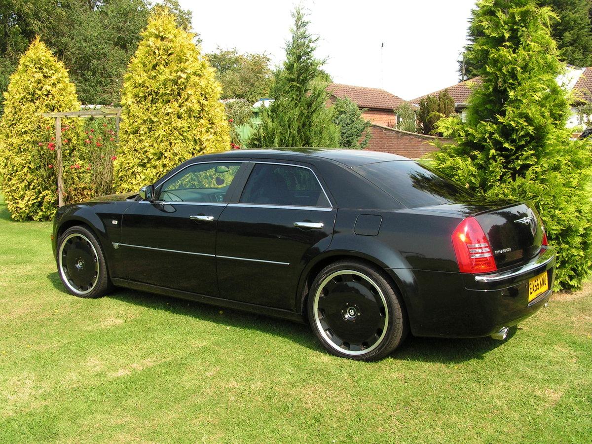 2005 chrysler 300c brabus hemi V8 auto. 22 inch alloys. For Sale (picture 2 of 6)