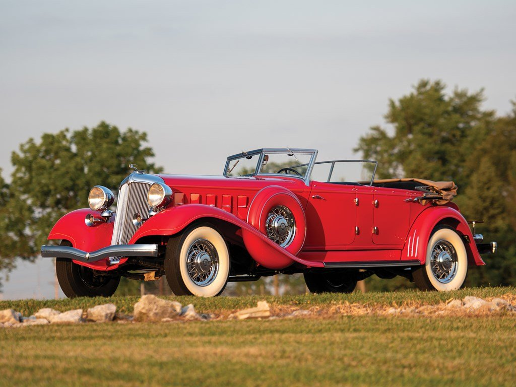 1933 Chrysler CL Imperial Dual-Windshield Phaeton by LeBaron For Sale by Auction (picture 1 of 6)