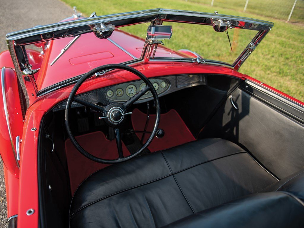 1933 Chrysler CL Imperial Dual-Windshield Phaeton by LeBaron For Sale by Auction (picture 4 of 6)