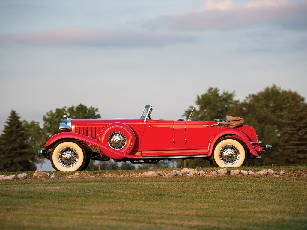 1933 Chrysler CL Imperial Dual-Windshield Phaeton by LeBaron For Sale by Auction (picture 5 of 6)