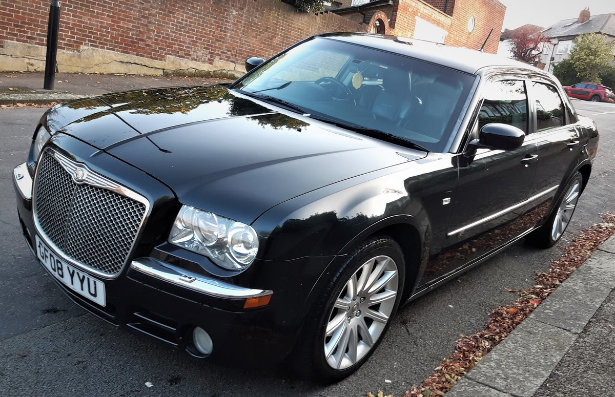 2008 chrysler 300c diesel auto saloon fsh 6 months warranty  For Sale (picture 3 of 6)