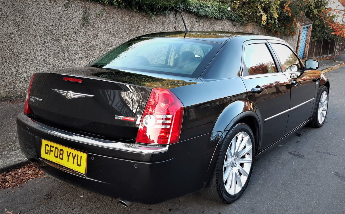 2008 chrysler 300c diesel auto saloon fsh 6 months warranty  For Sale (picture 5 of 6)