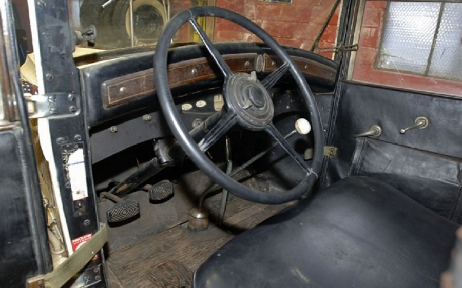 1930 Chrysler Imperial Convertible For Sale (picture 4 of 6)