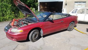 LHD sebring for  restoration or parts !!!