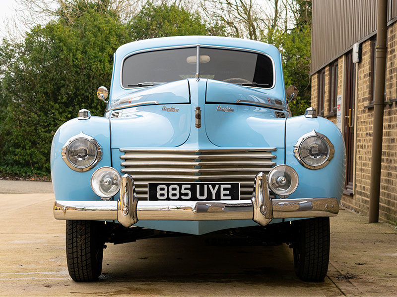 1940 Chrysler C-36 8-Cylinder Traveller Coupe For Sale (picture 3 of 6)