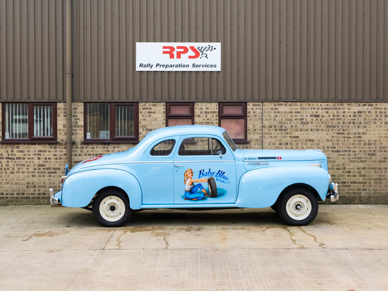 1940 Chrysler C-36 8-Cylinder Traveller Coupe For Sale (picture 4 of 6)
