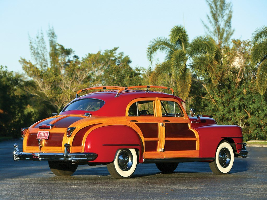 1947 Chrysler Town and Country Sedan  For Sale by Auction (picture 2 of 6)