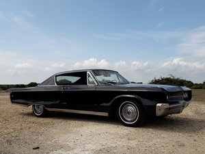 Chrysler Newport 2 door pillarless coupe