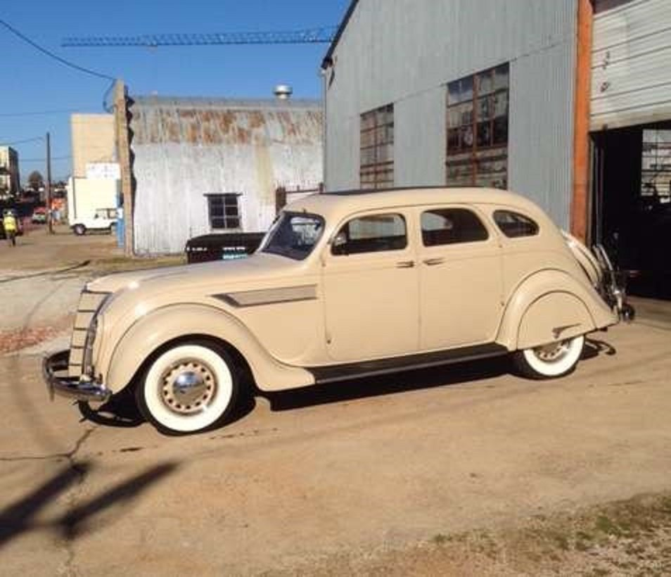 1935 Chrysler Airflow 4DR Sedan For Sale (picture 2 of 6)