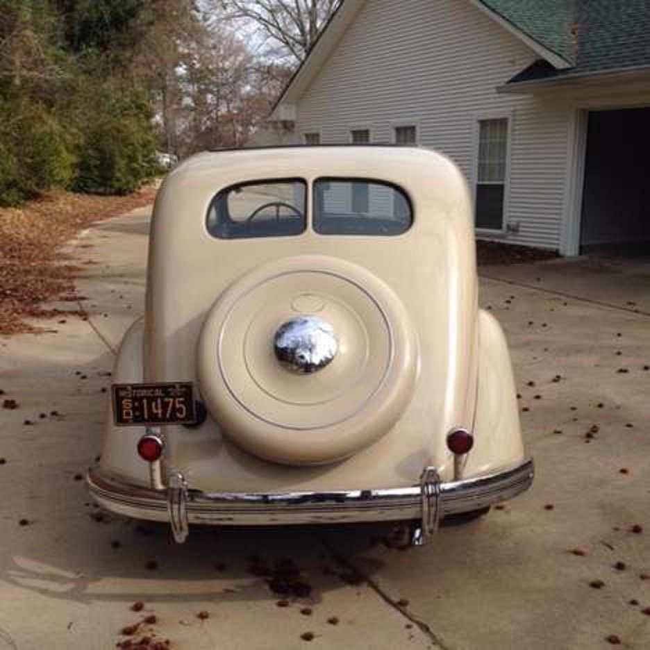 1935 Chrysler Airflow 4DR Sedan For Sale (picture 5 of 6)