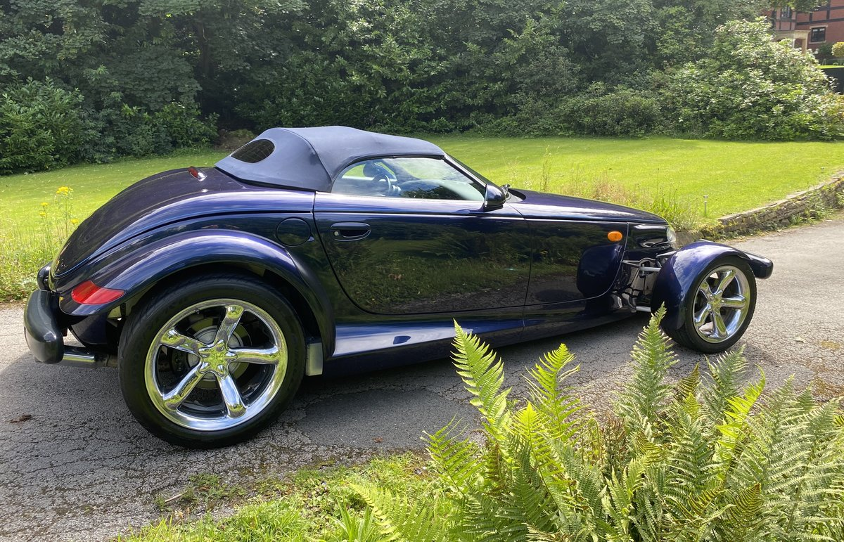 2001 CHRYSLER PROWLER - HIGHLY DESIRABLE FINAL EDITION SOLD (picture 3 of 6)