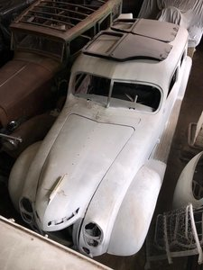 1938 Chrysler Airflow for sale For Sale (picture 1 of 4)